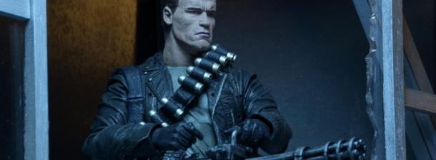 neca-terminator-2-ultimate-t-800-action-figure-feat