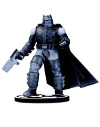 Batman Black & White Statue Batman by Frank Miller 18 cm