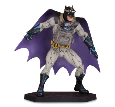 Dark Nights: Metal Statue Batman with Darkseid Baby 15 cm