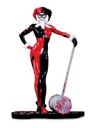 DC Comics Red, White & Black Statue Harley Quinn by Adam Hughes 19 cm