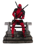 Marvel Movie Premier Collection Statue Deadpool