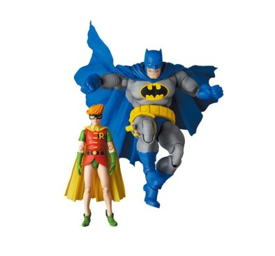 The Dark Knight Returns MAF EX Action Figures Batman Blue Version & Robin 11- 16 cm